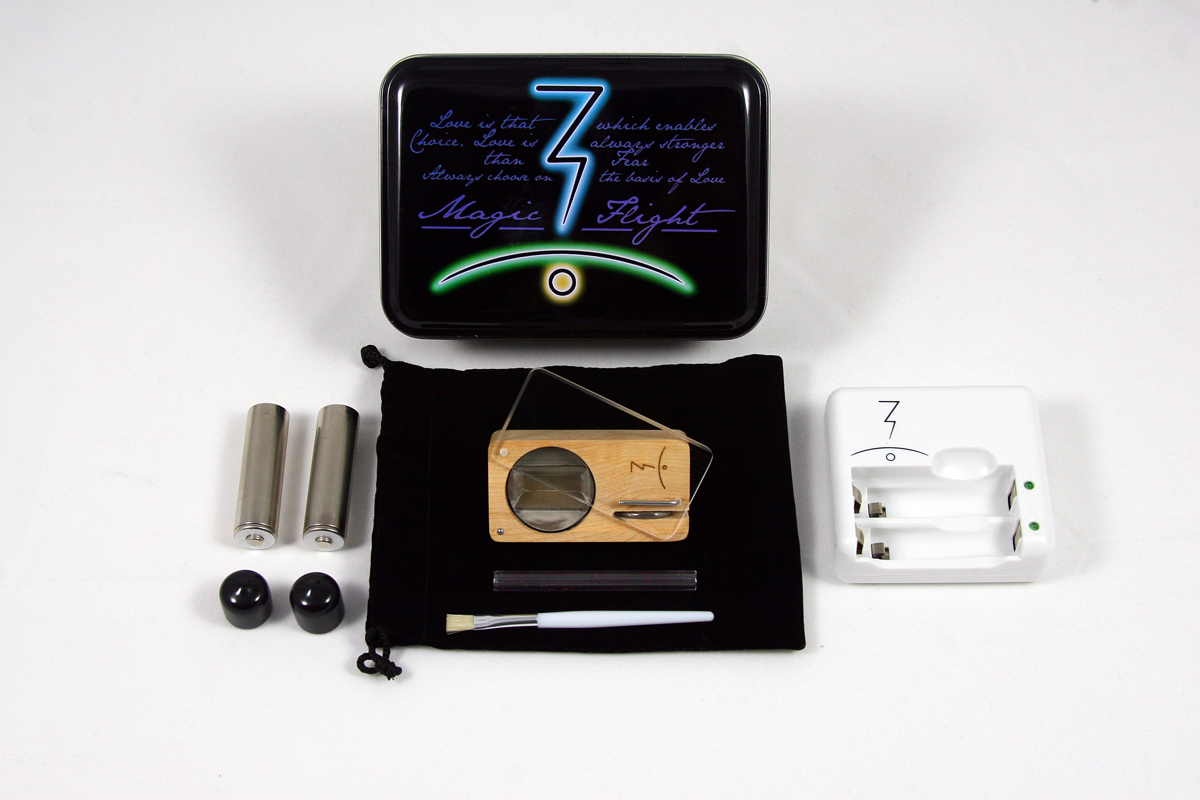& Magic-Flight - Photos of the Launch Box Vaporizer Aboutintivar.Com