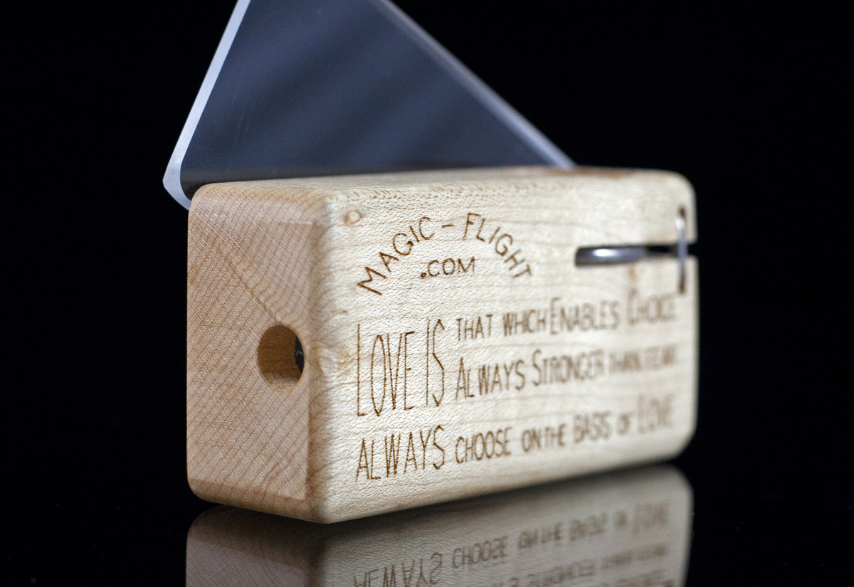 See also our 360 Box view & Magic-Flight - Photos of the Launch Box Vaporizer Aboutintivar.Com